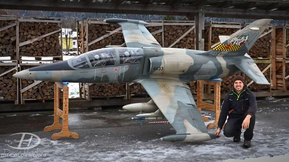 L39 Albatros XXXL full GFK/CFK kit white