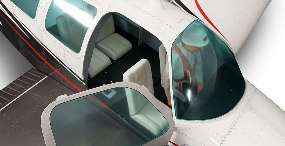 Bonanza V35 cockpit kit (unpainted, not assembled), all parts