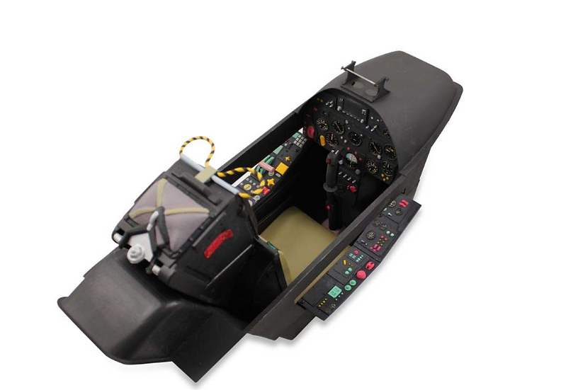 Hawker Hunter 2,32m cockpit deluxe (assembled, painted)