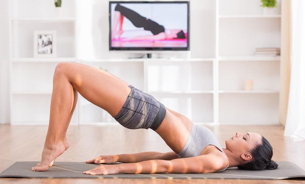 Pilates-lesson-e1542232577999.jpg