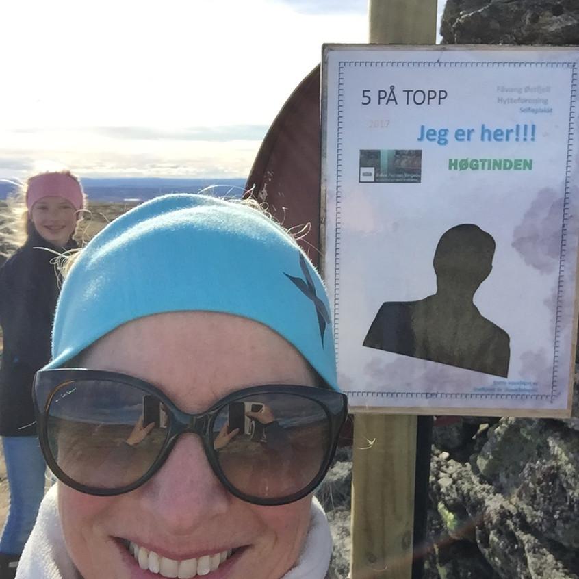 Line_og_Elida_på_Høgtinden