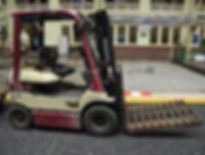 fork-lift-truck-1430377_1920sm.jpg