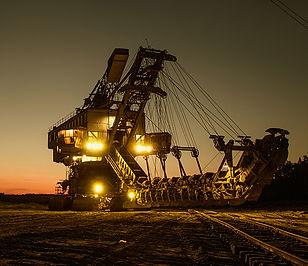 mining-excavator-1736293sm.jpg