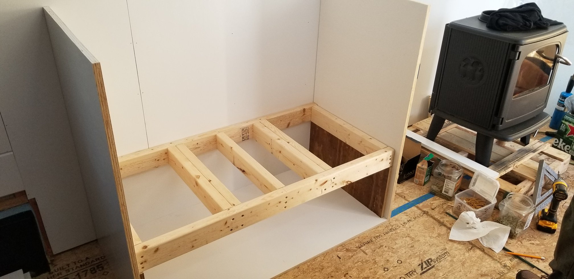 Frame to hold up wood stove