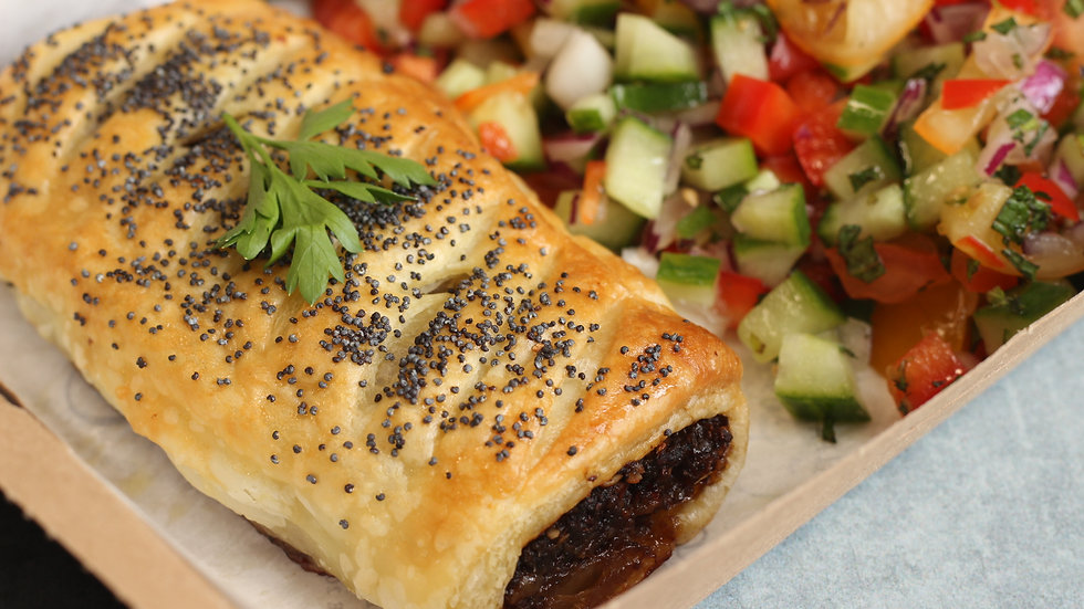 Mushroom & miso roll (VG) with super-salad