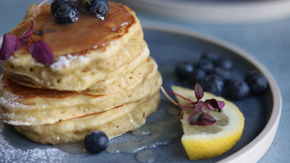 American pancakes: lemon drizzle & blueberry