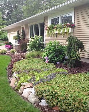 Front of House Landscape_Grand Haven Gar