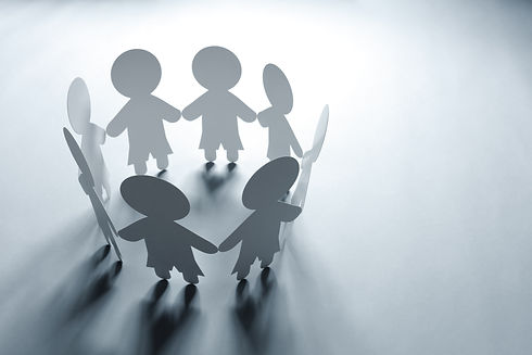 paper-chain-family-or-community-P4MZK7P.