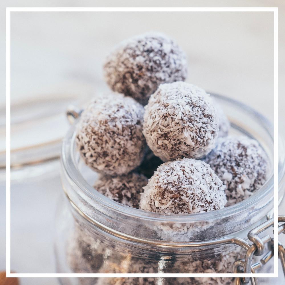 Energy Balls, Mandeln, gesund, vegan, Süßigkeit