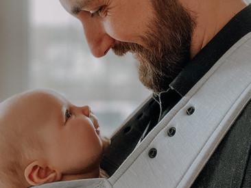 5 Gründe warum Tragen gut für dein Baby ist