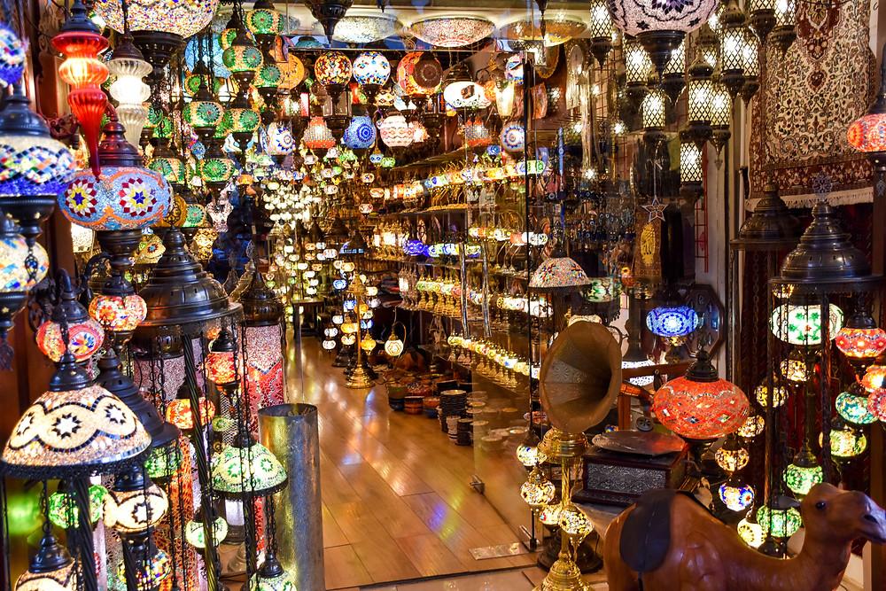 Bahrain, Lampen, Geschäft