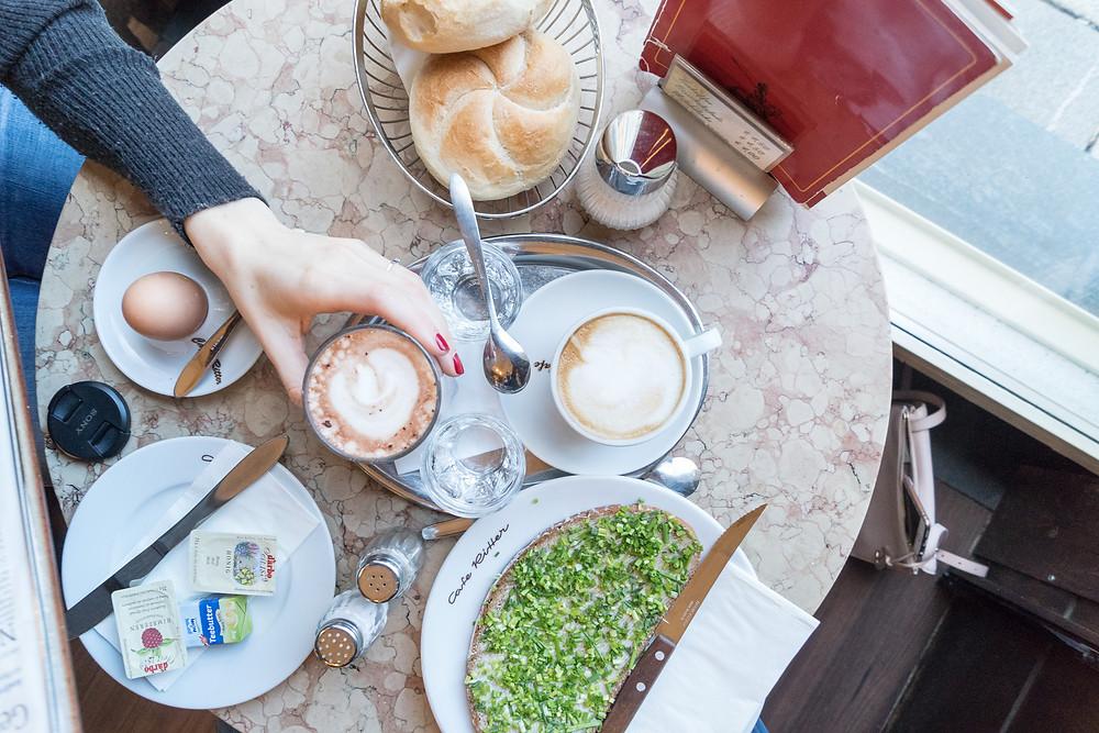 Frühstück, Cafe, Schnittlauchbrot