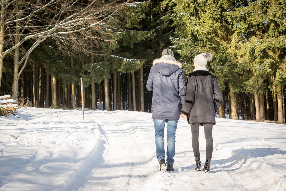 Paar, Schnee, Spaziergang