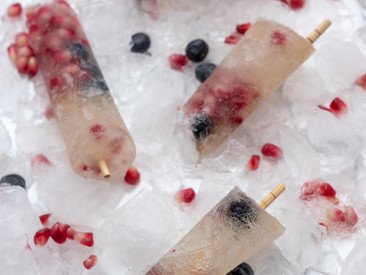 Gin Tonic Eis mit Beeren