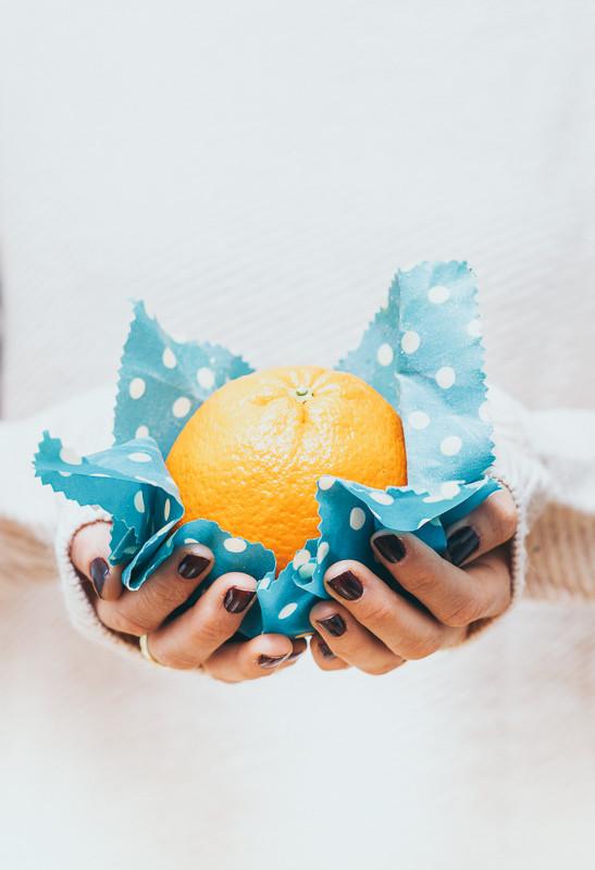 Wachstücher, Orange, Hände