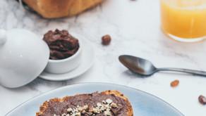 Brotbackliebe: Striezel mit DIY-Nutella