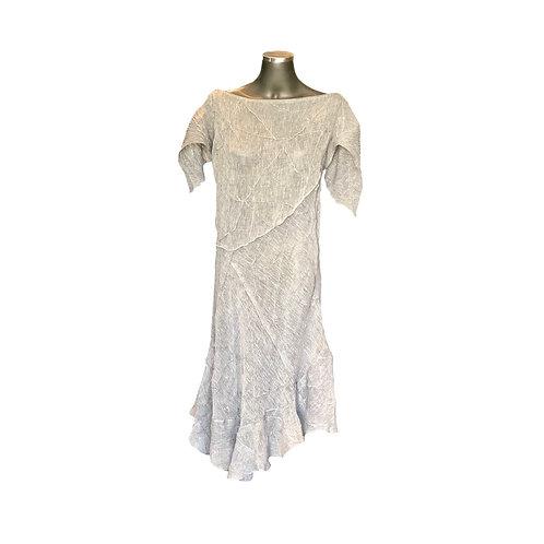 Vestido Linho Verão  com Nesgas Nervuradas