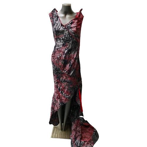 Vestido longo bordado pavão