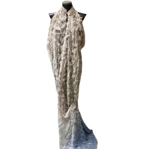 Vestido estilo tunica com franjas