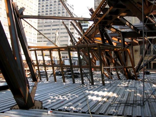 steel1(Apr6,2005).JPG