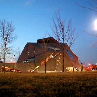 University of Minnesota Gateway—McNamara Alumni Center