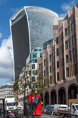 398px-20_Fenchurch_Street_from_Great_Tow