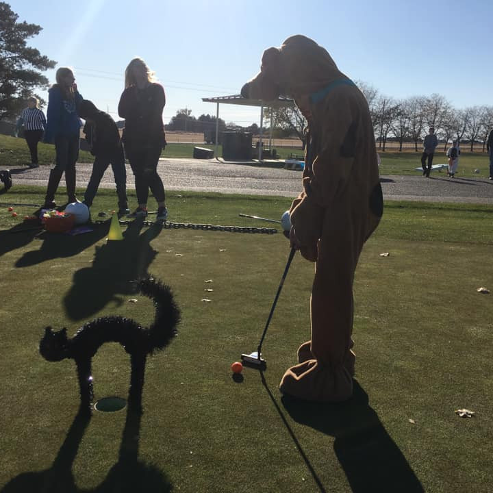 Chip and Putt with Coach Pete
