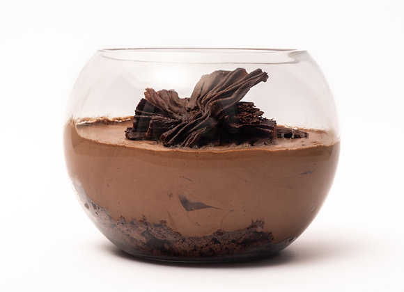 Mousse de chocolate bitter, brownie y manjar