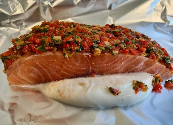Papilot de salmón con cubierta de pimientos