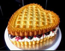 "10"" Cherry & Vanilla Cream Sponge"