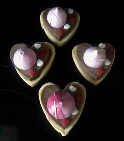 Chocolate Heart & Meringue Shortbread
