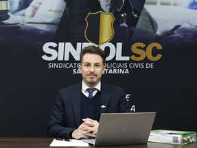 Vídeo: REFORMA DA PREVIDÊNCIA - Advogado do SINPOL-SC comenta sobre a Emenda ao PLC