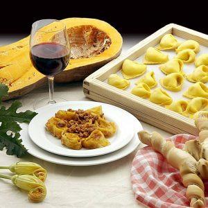 Tortelloni al cinghiale, perfetti se abbinati al nostro Oniricorosso.