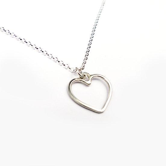 Handmade Sterling Silver Classic Heart Pendant Necklace