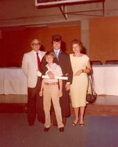 Graduación de Gustavo, 1983