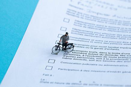 attestation dérogatoire : déplacement à vélo autorisé ?