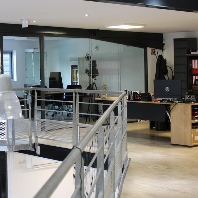 Bureaux et espace de vente, Société EMIT