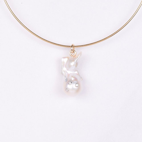 "Freshwater ""Fireball""Pearl w/ inset Diamonds Drop"