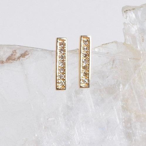 Gold & Diamond Short Bar Posts