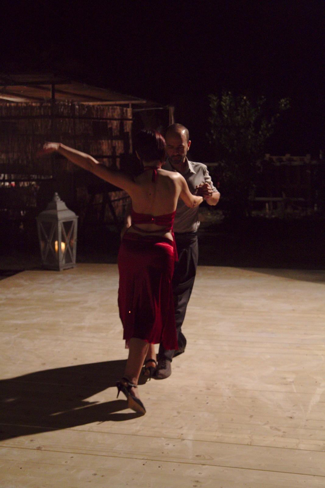 CaBallo-Spettacolo Tango e Cavalli