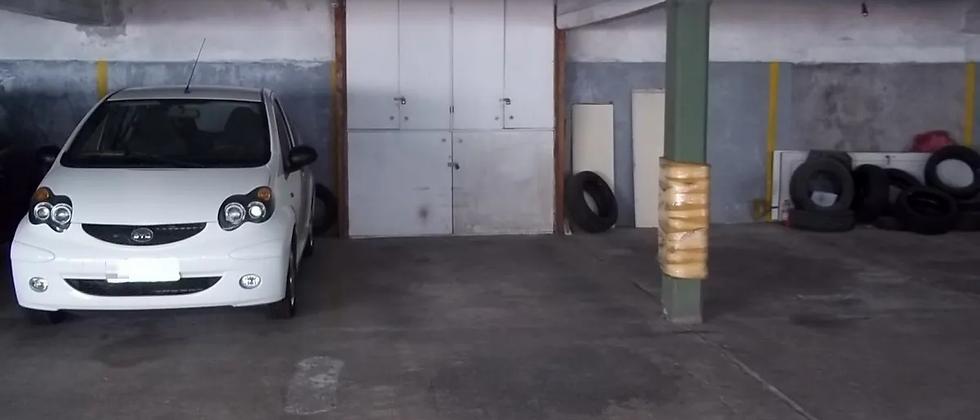 Garaje Fijo Cubierto en Pocitos, en edificio con Vigilancia 24 Horas