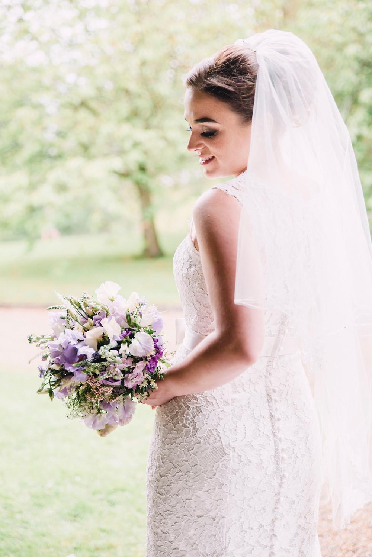 fine art bride with bouquet