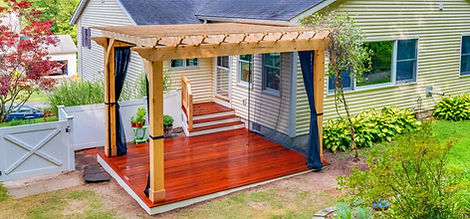 Easthampton-Pergola-with-screens.jpg