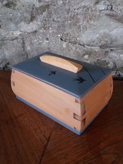 retro refurbished swallow design trinket box
