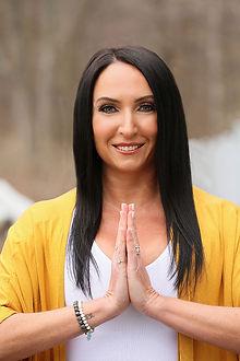 Nicole_Zornitzer_Niyama_Yoga
