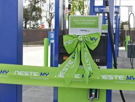 Neste opens 2 more renewable diesel fueling stations in California