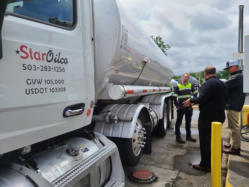 B100 biodiesel truck, Optimus Technologies, biobased diesel