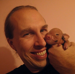 Head shot with piglet
