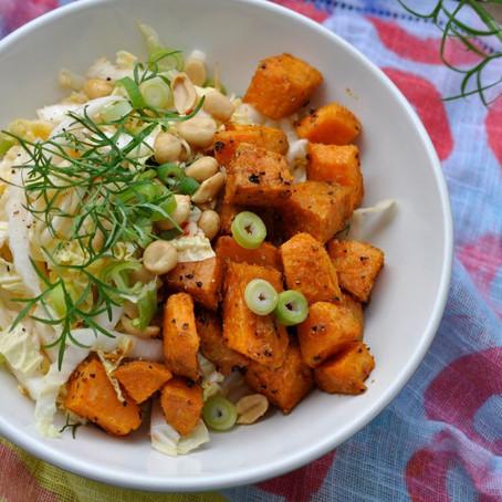 Chinakohlsalat mit Ofensüßkartoffeln