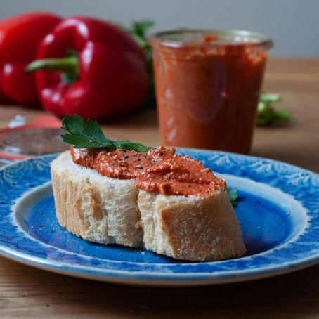 Paprika-Erdnuss-Aufstrich